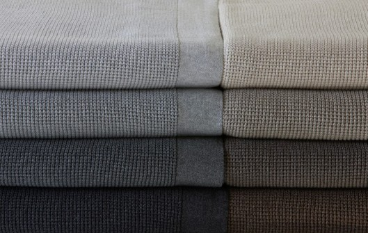 pure-soft-combed-cotton-throws-small-box-750x475